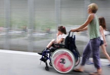 Какие льготы у матери ребенка-инвалида